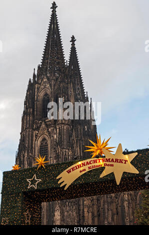Christmas Market & Cathedral, Cologne, Germany. - Stock Photo