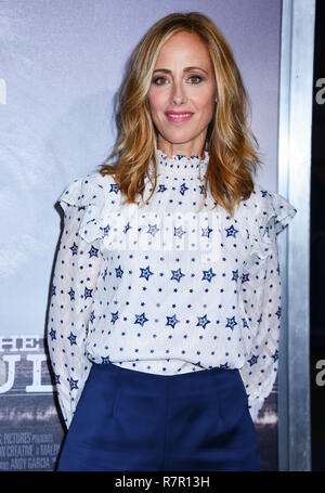 Westwood, California, USA. 10th Dec 2018. Kim Raver  attends Warner Bros. Pictures World Premiere Of 'The Mule' at Regency Village Theatre on December 10, 2018 in Westwood, California. Credit: Tsuni / USA/Alamy Live News