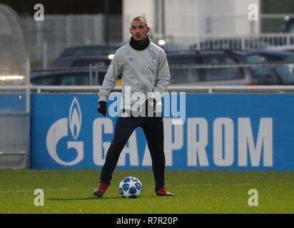firo Football, 10.12.2018 Champions League Training FC Schalke 04 - Lokomotiv Moscow Ahmed Kutucu   usage worldwide - Stock Photo