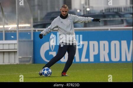 firo Football, 10.12.2018 Champions League Training FC Schalke 04 - Lokomotiv Moscow Ahmed Kutucu | usage worldwide - Stock Photo