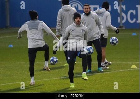 firo Football, 10.12.2018 Champions League Training FC Schalke 04 - Lokomotiv Moscow Matija Nastasic | usage worldwide - Stock Photo