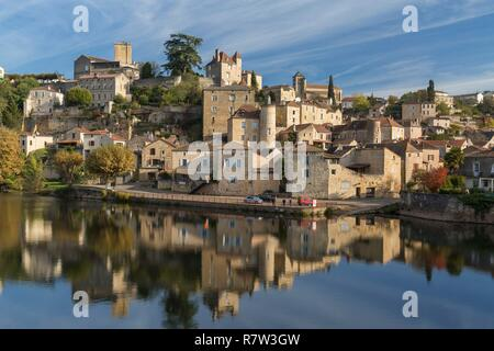 France, Lot, Puy l'Eveque and the Lot river - Stock Photo