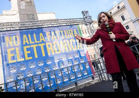 Foto Roberto Monaldo / LaPresse 12-12-2018 Roma Politica Manifestazione di Fratelli d'Italia contro la fatturazione elettronica Nella foto Giorgia Meloni  Photo Roberto Monaldo / LaPresse 12-12-2018 Rome (Italy) Demonstration by FdI party agains the electronic invoicing In the photo Giorgia Meloni - Stock Photo