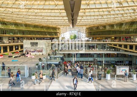 France, Paris, Chatelet-Les Halles, the entrance of the shopping center of the Forum des Halles and the Canopy - Stock Photo