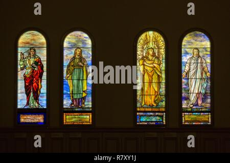 Canada, Quebec province, Montreal, Religious Heritage, Erskine and American United Church was a Presbyterian Temple and is now part of the Museum of Fine Arts, it hosts a theater, stained glass by Louis Comfort Tiffany - Stock Photo