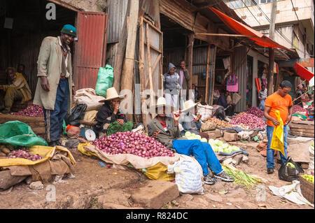 Market street scene, Mercato of Addis Ababa, Addis Ababa, Oromia Region, Ethiopia - Stock Photo