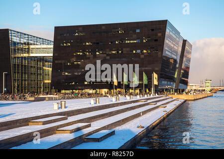 New extension to the Royal Library, Den Sorte Diamant or Black Diamond, Copenhagen, Capital Region of Denmark, Denmark - Stock Photo