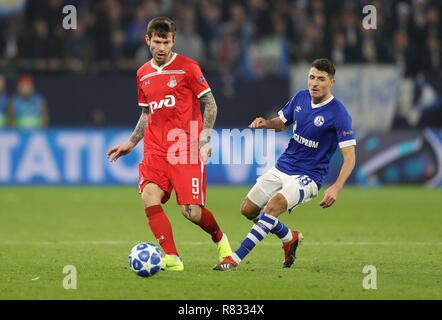 firo Football, 11.12.2018 Champions League FC Schalke 04 - Lokomotiv Moscow 1: 0 Fedor Smolov, single action | usage worldwide - Stock Photo