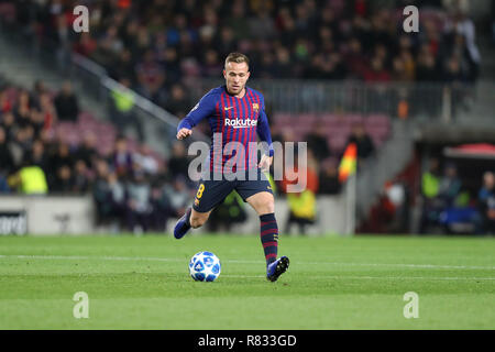Barcelona, Spain. 11th Dec, 2018. December 10, 2018 - Barcelona, Spain - Arthur of Barcelona during the UEFA Champions League, Group B football match between FC Barcelona and Tottenham Hotspur on December 11, 2018 at Camp Nou stadium in Barcelona, Spain Credit: Manuel Blondeau/ZUMA Wire/Alamy Live News - Stock Photo