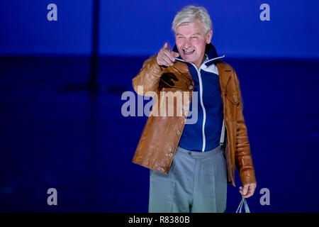 Berlin, Germany. 12th Dec, 2018. Horst Kotterba appears at the Volksbühne during the photo rehearsal of the play 'Haußmanns Staatssicherheitstheater' by Leander Haußmann. Credit: Christoph Soeder/dpa/Alamy Live News - Stock Photo