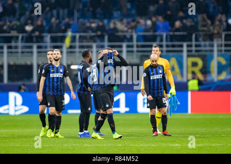 Milano, Italy. 11th Dec, 2018. Internazionale Milan is out of UEFA Champions League final phase after the UEFA Champions League Group B football match between Inter and PSV Eindhoven Credit: Alessio Morgese/Pacific Press/Alamy Live News - Stock Photo