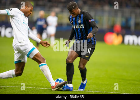 Milano, Italy. 11th Dec, 2018. Keita Baldé during the UEFA Champions League Group B football match between Inter and PSV Eindhoven Credit: Alessio Morgese/Pacific Press/Alamy Live News - Stock Photo