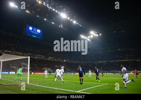 Milano, Italy. 11th Dec, 2018. Match phase during the UEFA Champions League Group B football match between Inter and PSV Eindhoven Credit: Alessio Morgese/Pacific Press/Alamy Live News - Stock Photo