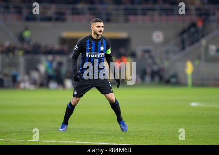 Milano, Italy. 11th Dec, 2018. Mauro Icardi during the UEFA Champions League Group B football match between Inter and PSV Eindhoven Credit: Alessio Morgese/Pacific Press/Alamy Live News - Stock Photo