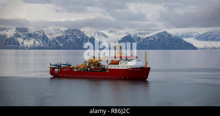 RRS Ernest Shackleton in the Northwest Passage 2016 - Stock Photo