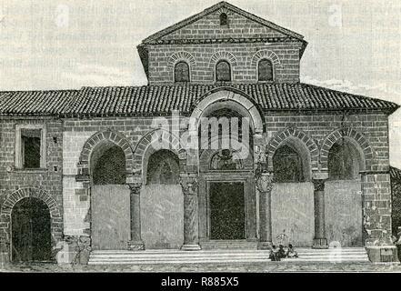 Capua prospetto esterno della basilica di Sant‥99Angelo in Formis. - Stock Photo