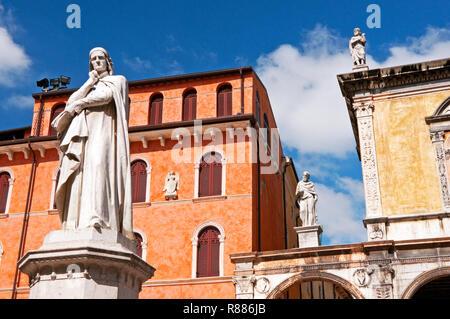 Statue of Dante and others in Piazza dei Signori, Verona, Italy - Stock Photo