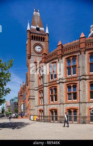 The Victorian Town Hall in Reading, Berkshire, designed by the architect Alfred Waterhouse - Stock Photo