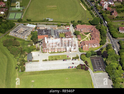 Aerial photo of Scarborough Technical College on the site of the old University of Hull College (Scarborough Campus) on Filey Road - Stock Photo