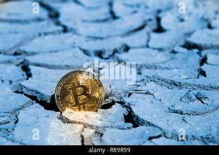 BITCOIN BTC crypto currency hitting bottom dry support - Stock Photo