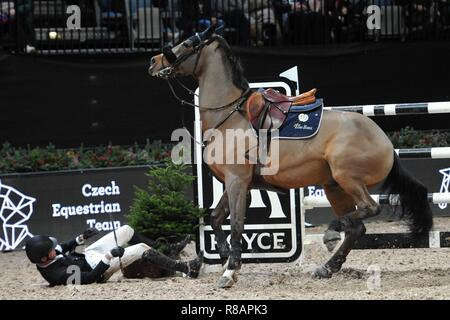 December 13, 2018 - Prague, Czech Republic - HARRIE SMOLDERS falls from horse during the Longines Global Champions Playoffs 2018 in Prague in the Czech Republic. (Credit Image: © Slavek Ruta/ZUMA Wire) - Stock Photo