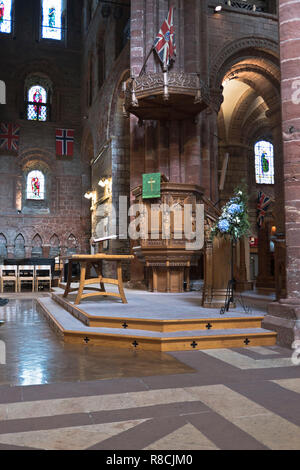 dh St Magnus Cathedral KIRKWALL ORKNEY Cathedral Interior pulpit empty inside uk - Stock Photo