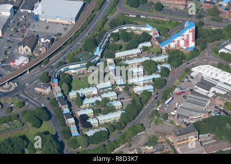 Tom Collins House and the western part of the Byker Wall housing estate, Newcastle upon Tyne, 2015. Creator: Historic England Staff Photographer. - Stock Photo