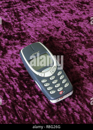 Nokia 3310 Mobile Phone or Cellphone with Virgin Mobile Pay as You Go, UK - Stock Photo