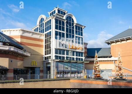 Entrance to intu Lakeside shopping centre, West Thurrock Way, Grays, Essex, England, United Kingdom - Stock Photo