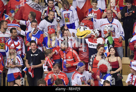 Herning, Denmark. 17th May, 2017. Fans from the Czech Republic during the quarterfinal between USA and Czech Republic in the IIHF World Ice Hockey Championship 2018 in Jyske Bank Boxen, Herning, Denmark. Credit: Lars Moeller/ZUMA Wire/Alamy Live News - Stock Photo