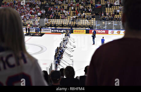 Herning, Denmark. 17th May, 2018. Team USA after the quarterfinal against the Czech Republic in the IIHF World Ice Hockey Championship 2018 in Jyske Bank Boxen, Herning, Denmark. Credit: Lars Moeller/ZUMA Wire/Alamy Live News - Stock Photo