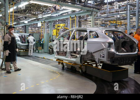 Izhevsk, Russia. 14th Dec, 2018. IZHEVSK, RUSSIA - DECEMBER 15, 2018: Assembling facility at a Lada car factory, part of Avtovaz. Alyona Selezneva/TASS Credit: ITAR-TASS News Agency/Alamy Live News - Stock Photo