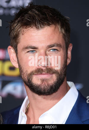 HOLLYWOOD, LOS ANGELES, CA, USA - OCTOBER 10: Actor Chris Hemsworth wearing Hugo Boss arrives at the Los Angeles Premiere Of Disney And Marvel's 'Thor: Ragnarok' held at the El Capitan Theatre on October 10, 2017 in Hollywood, Los Angeles, California, United States. (Photo by Xavier Collin/Image Press Agency) - Stock Photo