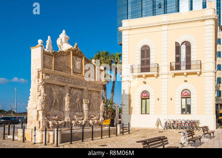Italy, Apulia, Salento region, Gallipoli, the Greek fountain probably built around the 3rd century BC - Stock Photo