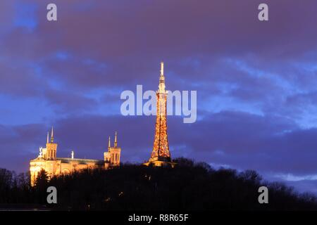 France, Rhone, Lyon, 5th district, Fourvière district, Notre-Dame de Fourvière Basilica (XIXth century), listed as a Historic Monument, a UNESCO World Heritage Site since the district of Les Pentes de la Croix Rousse - Stock Photo