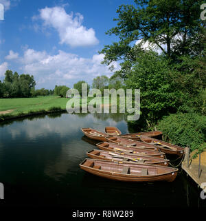 Rowing boats on River Stour near Flatford Mill, East Bergholt, Suffolk, England, United Kingdom, Europe - Stock Photo