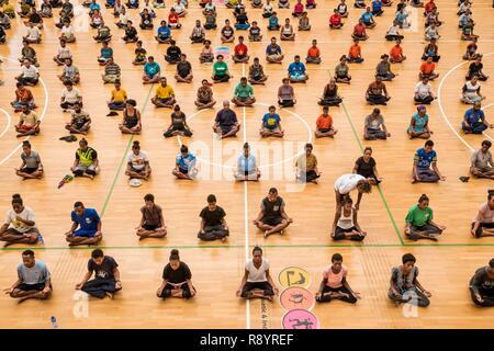 Papua New Guinea, National Capital District, Port Moresby, Taurama district, Taurama Aquatic Center, yoga teaching - Stock Photo