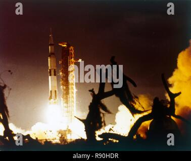 Saturn V rocket lifting off, Kennedy Space Center, Merritt Island, Florida, USA. The Saturn V was the largest rocket ever built and was used on all Apollo missions to the moon. - Stock Photo