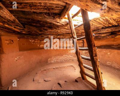 Inside the kiva, Edge of the Cedars State Park and Museum, Blanding, Utah. - Stock Photo
