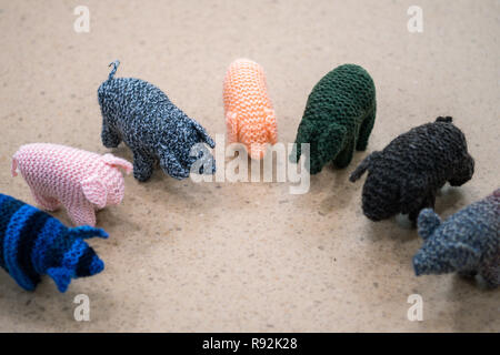 Oldenburg, Germany. 18th Dec, 2018. A view of small woolly pigs called Kohlfietjes. Senior women in a housing project produce these by hand. (to dpa 'From Steckenpferd to Löwenhelm - this is how Niedersachsen markets itself' from 19.12.2018) Credit: Mohssen Assanimoghaddam/dpa/Alamy Live News - Stock Photo