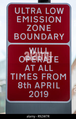 London, UK. 19th Dec, 2018. Transport for London prepare for the new Ultra Low Emission Zone (ULEZ) with warning signage in central London. The ULEZ, which comes into affect from 8 April 2019, will cover the same area of London as the Congestion Zone but will be expanded in late 2021 to the area bounded by the North & South Circular roads ( the same area as the current Low Emission Zone. Credit: David Rowe/Alamy Live News - Stock Photo