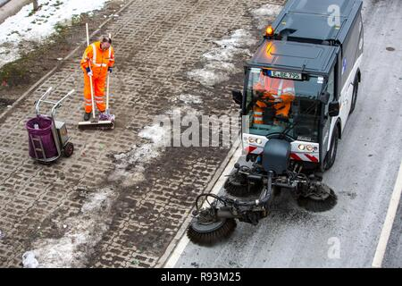 Street cleaning, municipal cleaning workers cleaning a street, Essen, North Rhine-Westphalia, Germany - Stock Photo