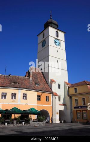 Turnul Sfatului, Council Tower, in the historic town centre of Sibiu, Sibiu, Hermannstadt, Siebenbürgen, Romania - Stock Photo