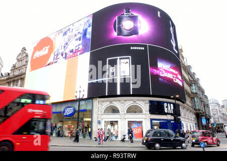 Updated LED technology advertising display in Piccadilly Circus, London - Stock Photo