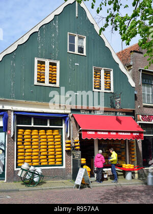 Cheese shop in the centre of the famous historic town of Edam, North Holland, The Netherlands - Stock Photo