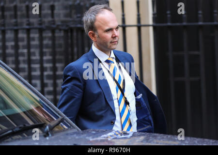 Gavin Barwell, the Downing Street Chief of Staff  departs from Number 11 Downing Street to attend the final Prime Minister's Questions (PMQs) of 2018 in the House of Commons with 100 day for Brexit. The United Kingdom will formally leave the European Union by 29 March 2019 and the UK Government has set aside £2 billion for a 'No Deal' Brexit. - Stock Photo