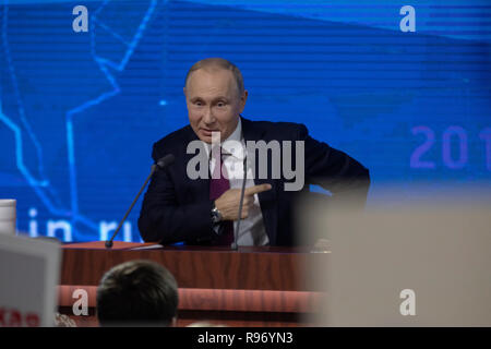Moscow, Russia. 20th December, 2018: Russia's President Vladimir Putin gives an annual end-of-year press conference at Moscow's World Trade Centre Credit: Nikolay Vinokurov/Alamy Live News - Stock Photo