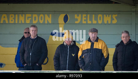 Abingdon, Oxfordshire, UK. 20th Dec 2018. Oxford United supporters during the EFL Youth Alliance Under 18 South West league match between Oxford United U18 and Bournemouth U18 at Abingdon United, Northcourt Road, England on 20 December 2018. Photo by Andy Rowland. Credit: Andrew Rowland/Alamy Live News - Stock Photo
