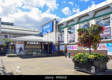 Entrance to Active Lifestyle Centre, Yate Shopping Centre, Kennedy Way, Yate, Gloucestershire, England, United Kingdom - Stock Photo