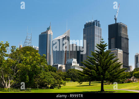 View from the Royal Botanic Garden on Sydney CBD. - Stock Photo